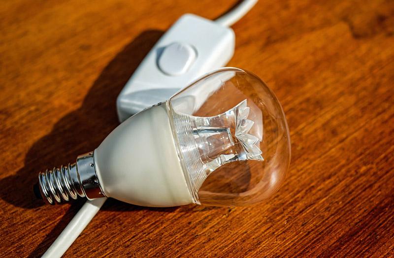Para além do preço: Como escolher uma lâmpada LED?
