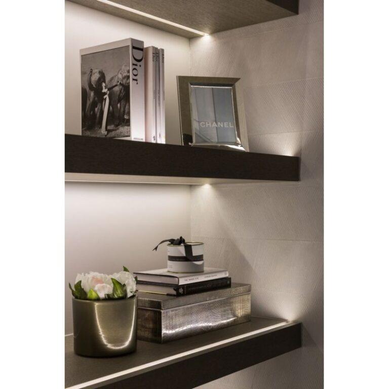 Perfil LED Fita LED loja Prateleira